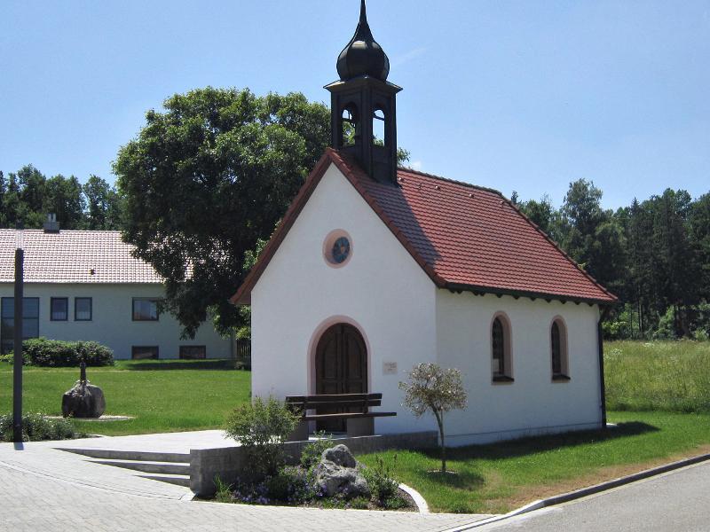 Kapelle, weitere Außenansicht