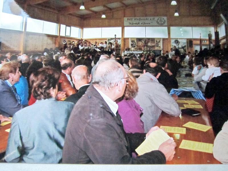Festbetrieb an der Kirwa andere Ansicht